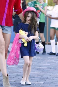 I'm pretty sure most of the full grown women in the world couldn't be half as stylish as Suri Cruise. And she's only 7.