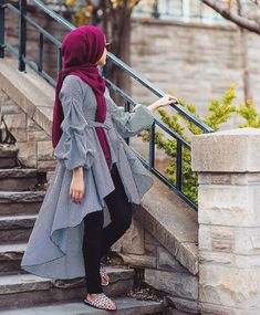 27 Casual Casual Style Outfits To Wear Now - hijab for little girl - Modest Dresses Casual, Pakistani Dresses Casual, Stylish Dresses, Modest Wear, Islamic Fashion, Muslim Fashion, Modest Fashion, Fashion Dresses, Street Hijab Fashion