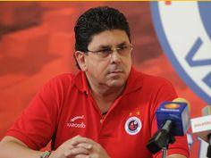 """""""Amenaza con llevarse a su equipo si no gana el PRI en Veracruz""""  -Sin Embargo - http://tinyurl.com/zt6ujl8"""