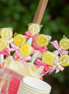 Lemonade Stand Party lollies