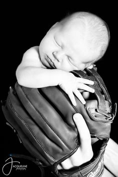 Inspiration For New Born Baby Photography : baseball newborn Allen Newborn Baby Photos, Newborn Shoot, Newborn Baby Photography, Newborn Pictures, Baby Boy Newborn, Kid Photography, Toddler Pictures, Baby Boy Pictures, Baby Boy Baseball