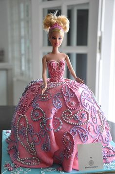 pretty pink princess paisley barbie cake.  friggin amazing