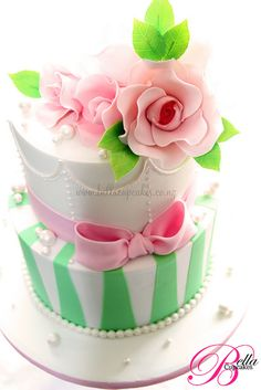 Green and Pink ...Beautiful Cake!