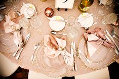 ivory, blush and gold flowers for wedding table | Have a Blushing Wedding