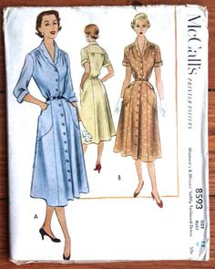 1951 McCall's Printed Pattern 8593 Button Down Dress Bust 30