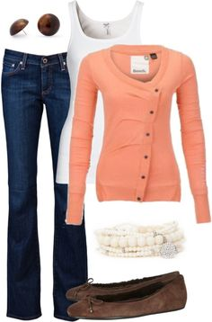 Love the cardigan color and the flats!