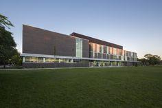 Gallery - Collège Saint-Louis / Marosi Troy Architectes + Jodoin Lamarre Pratte architectes - 15