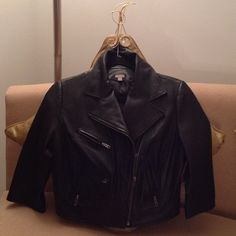 ❤️ Nordstrom's Butter Soft Leather Jacket ❤️ This is simply divine!!  This stylish, Black, waist length jacket is 100% Leather.  Size Medium. Just look at all of the detailing!  The sleeves have zippers and 4 Zipped pockets on the front. Also see the 'snaps' on the back. Simply the best jacket ever!!  The designer is Halogen which sells at Nordstrom's. It's in near new condition ❤️. Halogen Jackets & Coats