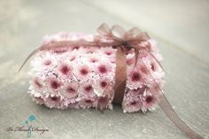 Fresh floral ring pillow Omg! I love this! @Paula Massey Declan could carry this!