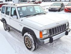 1989 Jeep Cherokee Laredo 4WD crossover for sale under $1000 near Lexington, Kentucky KY.