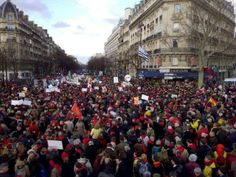 40,000 AT MARCH FOR LIFE IN PARIS FRANCE JAN. 19, 2014 - SHARE
