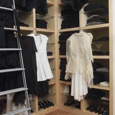 Monochromatic closet