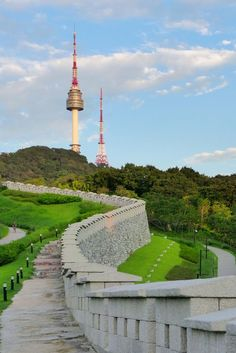 Seoul Tower from Namsan Park by travel oriented on Flickr.