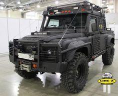 Land Rover Defender Super.