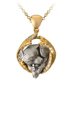 Magerit - Dreams Collection: Necklace Dream Wolf