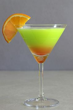 Safari Juice cocktail recipe with Cointreau, Midori, orange juice and grenadine. Martini Recipes, Drinks Alcohol Recipes, Non Alcoholic Drinks, Bar Drinks, Cocktail Recipes, Cocktail Shots, Cocktail Night, Cocktail Parties, Summer Cocktails