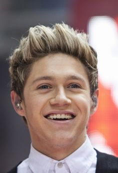Niall Horan Girlfriend & News Update: Queen Elizabeth a One Direction Fan? Invites Nialler to the Palace : Entertainment : Latinos Post
