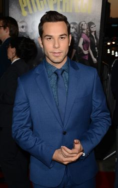 This is him at the Pitch Perfect premiere. | Skylar Astin Is About To Be Everyone's New Crush // Whoa cutie alert.