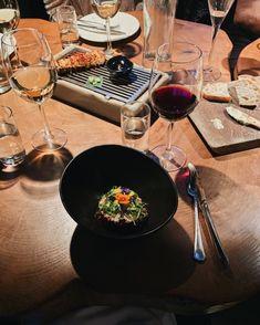 #beetroot #tartare #grillmarkadurinn #iceland #reykjavik #food #dinner #travel #traveltips Beetroot, Iceland, Table Settings, Sweets, Vegan, Dinner, Healthy, Travel, Food