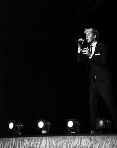 """God we need further warning when Niall is going to be wearing a tuxedo. Like an app that flashes on your screen """"WARNING: Niall Horan wore a tuxedo at ( insert event) there will be loads of hot new pictures of this flawless boy in less then 2 hours. Please prepare for the feels."""" That is an app I would invest in."""