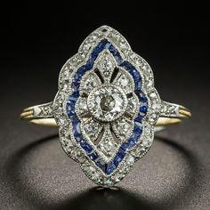 Edwardian Diamond and Sapphire Dinner Ring Art Deco Diamond Rings, Art Deco Ring, Diamond Brooch, Art Deco Jewelry, Jewelry Box, Jewellery, Antique Engagement Rings, Antique Rings, Antique Jewelry