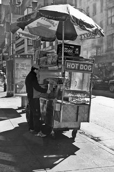 NYC Hotdog Stand (b) by Chris Hannah, via Flickr