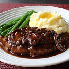 Top Recipes, Skinny Recipes, Meat Recipes, Cooking Recipes, Whole30 Recipes, Salad Recipes, Dinner Recipes, Homemade Salisbury Steak