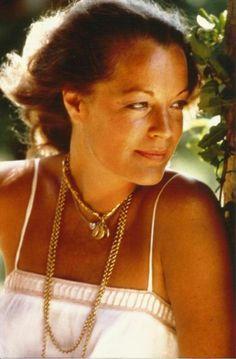 Romy Schneider Tres Rare Années 70 Photo 27x18 CM À Ramatuelle Chez Elle | eBay