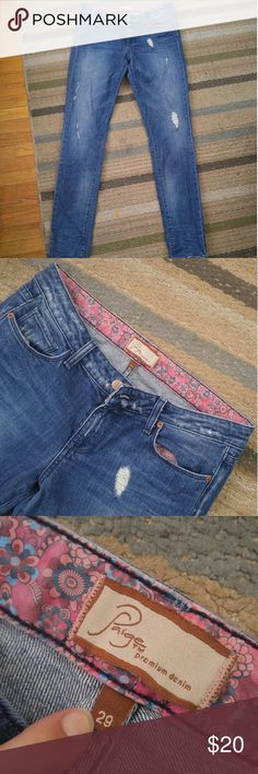 Paige jeans Size 29 Skyline style Paige jeans. A little bit snug on me so weeding them out. A faint stain on back right shown in last picture (havent tried getting it out). Great condition otherwise. Paige Jeans Jeans Skinny