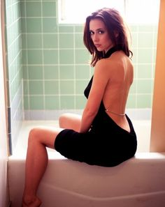 The 25 Hottest Jennifer Love Hewitt Pictures