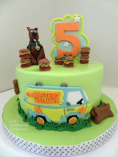 Scooby doo cake Torta Scooby Doo, Scooby Doo Birthday Cake, Kids Birthday Cupcakes, Homemade Birthday Cakes, Aaliyah Birthday, Character Cakes, Cakes For Boys, Fancy Cakes, Cake Creations