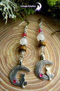 ~ Sortilège Nocturne ~ Boucles d'oreilles quartz rose, chat sur lune , perles bohème, bois et miyuki