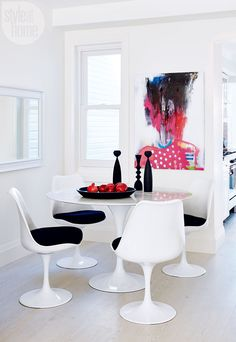 The Tulip table has been adapted into millions of American households and beyond ever since its production in 1956. http://www.manhattanhomedesign.com/tulip-table.html #tuliptable #eerosaarinen #diningtable #coffeetable