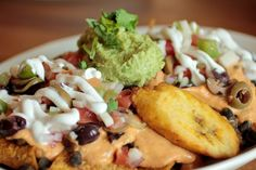 Food Evolution, a vegan cafe in Ridgefield, CT- check out their Fiesta Nachos with eda-guacamole!!