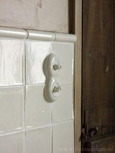 Uk Homes, Plaster Walls, Loft Style, Modern Country, Brick Wall, White Walls, Bathroom Hooks, Porcelain, Interior Design