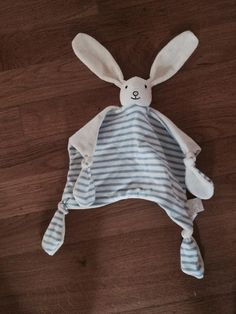 Found on 29 Jul. 2015 @ Widmore Road, Bromley, Kent. Hope to reunite this fella with his best pal Visit: https://whiteboomerang.com/lostteddy/msg/tlw2fa (Posted by Siobhan on 30 Jul. 2015)