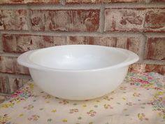 Vintage Opal White Pyrex - 023 - 1 1/2 quart casserole on Etsy, $7.95