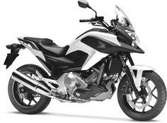 Honda NC X http://www.insella.it/listino_moto/honda-nc_x