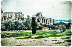 """Home to Emperors""  #circomassimo #palatino #palatine #rome #roma #noidiroma #repostromanticitaly #photobydperry #fb ##wp #italy #italianarchitecture #italia #lazio #amazing_italy #topeuropephoto #top_italia_photo #benhur #incredible_italy #photooftheday #romanhistory"