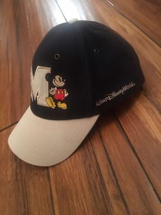 72c622c86ea Mickey Mouse Embroidered M Adult Adjustable Hat Disneyland Parks Walt  Disney