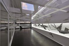 box under the signs of time – pordoi5 by studio attilio terragni