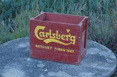 Retro Carlsberg box in wood for all my vinyls