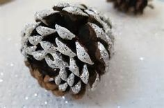 Large Pine Cone Christmas Tree - Bing images