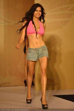 fbb Femina Miss India 2015 finalist Akanksha Gautam during the Centro Miss Rampwalk.