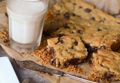Chocolate Chip Cookie Bars with a Pretzel Crust Featured Photo by Erica Lea, via Flickr