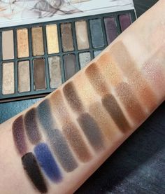 Coastal Scents Revealed Smoky palette, dupe for the Urban Decay Naked Smoky palette!