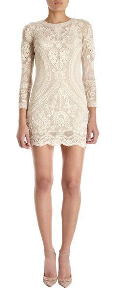 Isabel Marant Devi Dress- engagement party dress, reception dress, etc Fashion Week, Love Fashion, Fashion Beauty, Womens Fashion, Isabel Marant, Mode Style, Style Me, Pretty Dresses, Beautiful Dresses