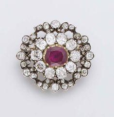Diamant miroir du portugal diamants de la couronne de for Miroir des joyaux