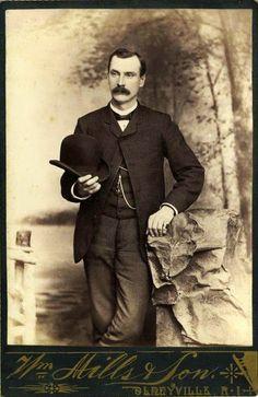 Hot Vintage Men: The Handsome Gent from Olneyville, Rhode Island. Victorian Gentleman, Vintage Gentleman, Vintage Men, Victorian Mens Fashion, Victorian Era, Vintage Fashion, Victorian Photos, Gothic Fashion, Fashion Fashion