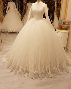 Sweet Wedding Dresses, Lace Wedding Dress, Bridal Dresses, Muslimah Wedding Dress, Muslim Wedding Dresses, Disney Princess Dresses, Princess Wedding Dresses, Pretty Quinceanera Dresses, Ball Gowns Prom